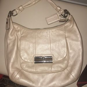Coach super light pink hobo with dust bag
